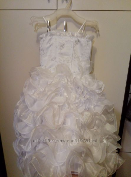 Сказочное пышное белое платье.