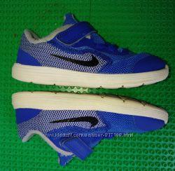 d21cc8c4 кроссовки Nike Revolution р. 25 стелька 15 см, 200 грн. Детские кеды ...