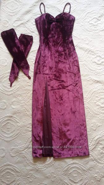 Прокат. Вечернее платье, длинное, цвет марсала, бордовое, . С перчатками.