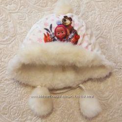 Теплая зимняя шапочка на девочку