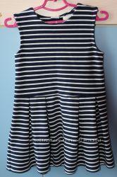Очень стильное, красивое платье от Next 4-5 лет