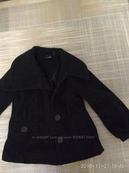 пальто next  на 4-5 лет