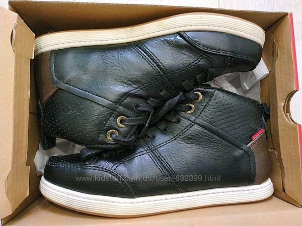 Деми ботинки Levi&acutes 22.5см