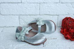 Нарядные туфельки на малышек