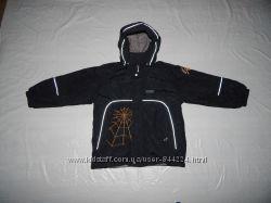 р. 122-128 термо куртка Lassie by Reima, Финляндия, деми или теплая зима