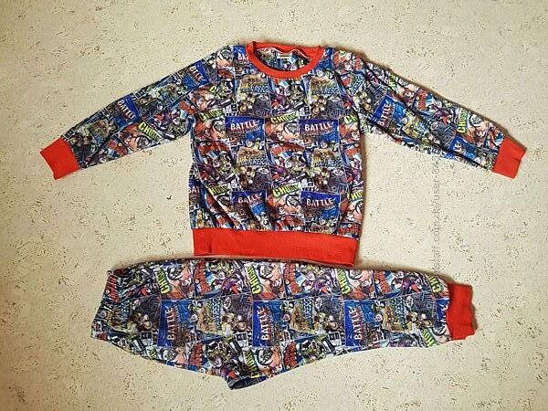 Теплая пижама Disney р.110-116, состояние отличное