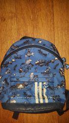 Продам рюкзак Adidas синего цвета.