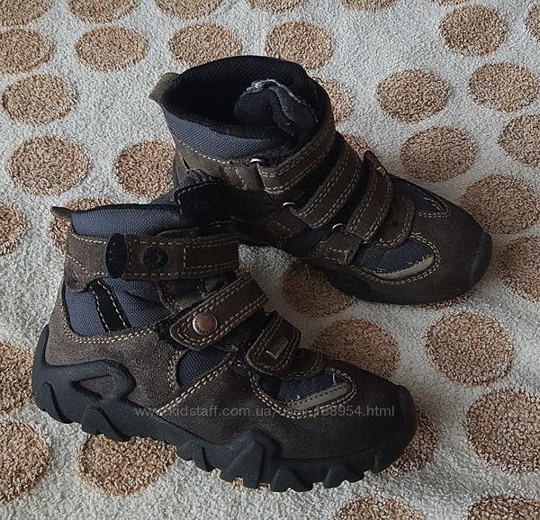 Демісезонні чобітки Salamander 28 р 18 см з мембраною