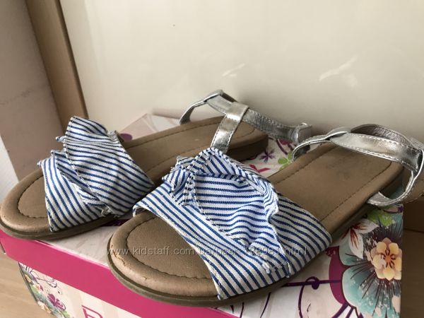 Стильные босоножки Reserved для девочки, размер 31