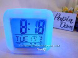 Часы хамелеон есть термометр будильник светящийся ночник в наличии