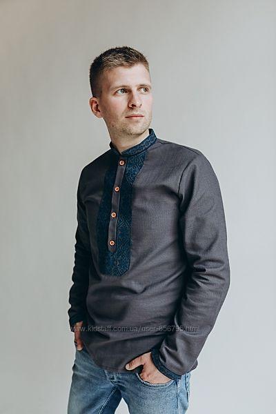 Чоловіча вишита сорочка сіро синього кольору