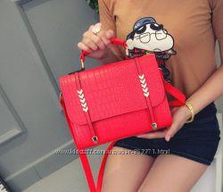 Женская сумка через плечо с ручкой Novel красный