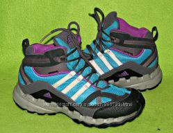 Ботинки деми Adidas 35р