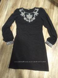 Красивое платье 38  рукава шифон
