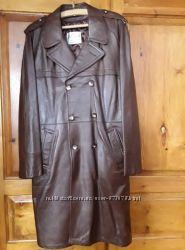 Коричневый мужской плащ из натуральной кожи victoria leather