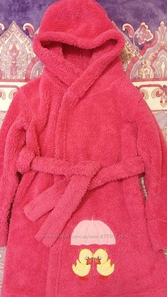Махровый розовый халат на девочку