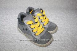 Стильные ботиночки фирмы Ecco и Clarks 20-21 размеров