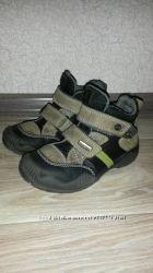 Продам ботинки зима на меху 27р.