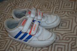кроссовки мальчику Adidas оригинал 17 см 26 размер