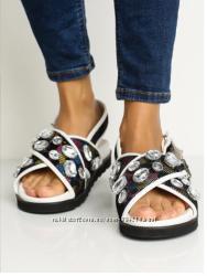 Topshop сандалии с камнями