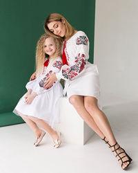 Вишиті ефектні сукні мама/дочка