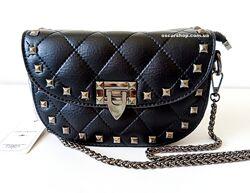 Женская сумочка цепочке. Кожаный женский клатч. Стеганая сумка-клатч