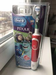 Электрическая детская зубная щетка Oral B