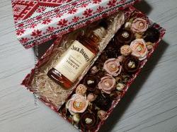 Цветы из конфет на заказ, подарки, боксы с цветами из конфет