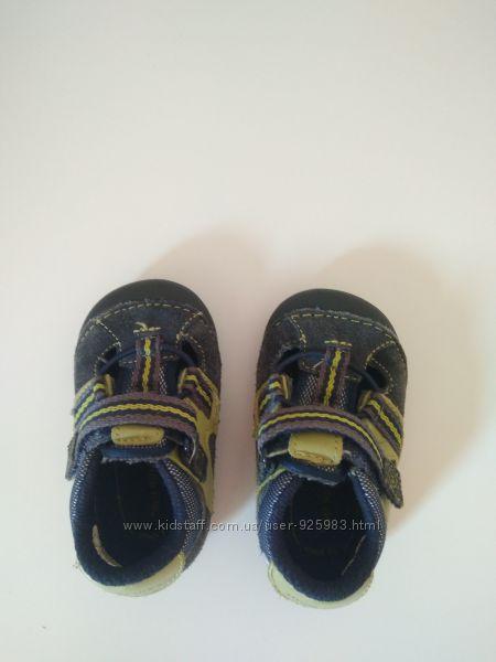 Туфлі пінетки на хлопчика stride rite 18, 5 розмір