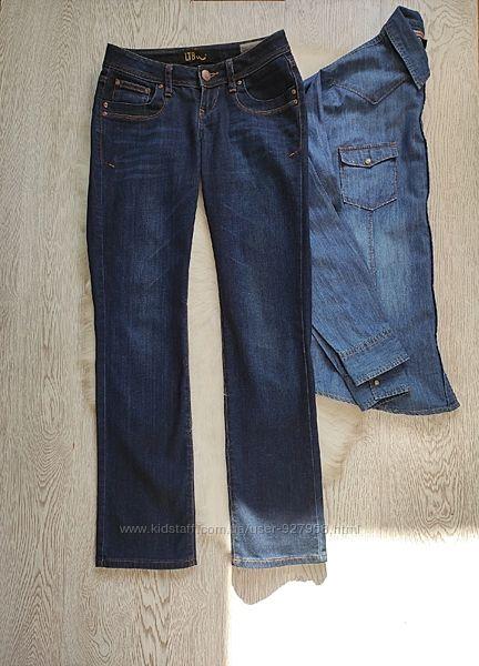 Плотные синие прямые джинсы не скинни широкие снизу трубы низкая талия