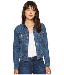 Синяя плотная джинсовая куртка женская короткая с карманами levis