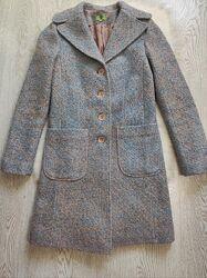 Голубое бежевое пушистое разноцветное пальто шерсть натуральное с воротнико