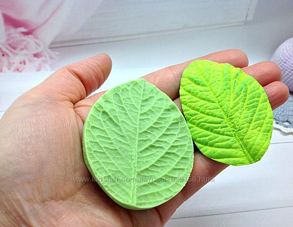 Пластиковый молд Лист Гортензии, для глины и фоамирана,5.5 см на 6.5 см,1 ш