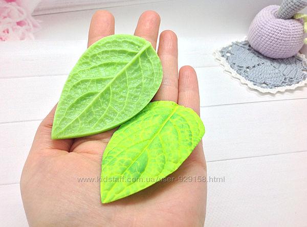 Молд лист сирени универсальный ,8.5 см на 5 см, для фоамирана и глины