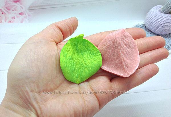 Молд лепесток бокальной розы малый,5 см на 4 см, для фоамирана и глины