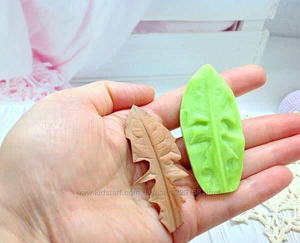 Молд пластиковый, Лист Одуванчик малый, Размер 7.5 на 3.5 см