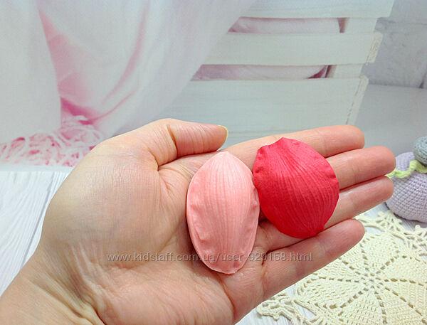 Молд флористический Лепесток Цимбидум узкий , 4.5 см на 3.5 см