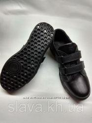 Продам кроссовки полностью из натуральной кожи 32-39 р-ры