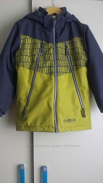 Зимняя куртка для мальчика Snow dragons, 7 лет