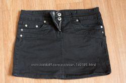 Черная джинсовая короткая юбка