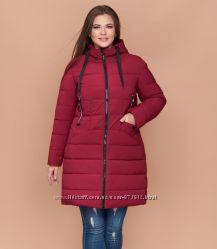 Зимняя женская бордовая куртка