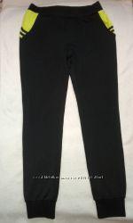 классные спортивные штаны на размер 46 или 48