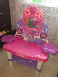 Зеркало столик для принцессы.