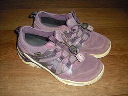 Кожаные кроссовки Ecco р. 36