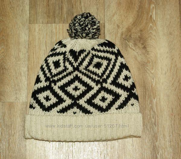 Зимняя шапка Next