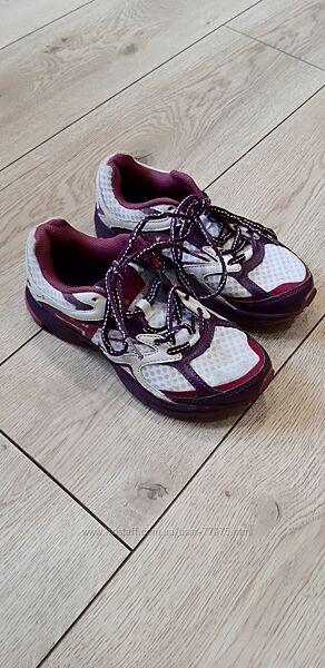 Кроссовки Karrimor, р. 35.5 , на ножку 21.5-22см  красовки, кросовки