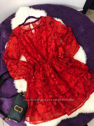 Нереально красивое ярко красное платье в наличии Италия