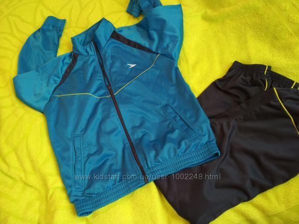 Спортивный костюм р. 152 см