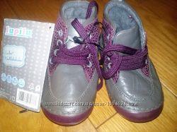 Демі черевички 21 р