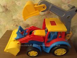 Гигант трактор экскаватор